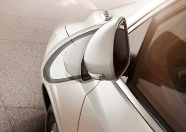HEATED, POWER-FOLDING OUTSIDE REARVIEW MIRRORS